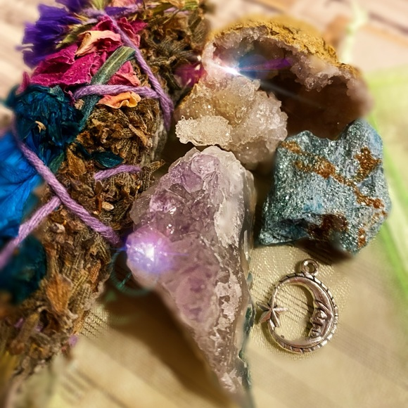 Joyous Amplification Crystal Collection